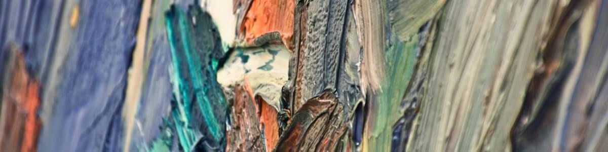 Närbild av en oljemålning där penseldragen är tydligt synliga.