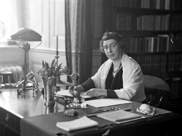 Ellen Hagen och rösträtten